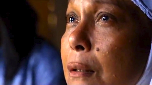 """THY Womb"" star Nora Aunor may continue to win admirers abroad, but the actress' latest starrer and comeback film is doing badly in her own country."