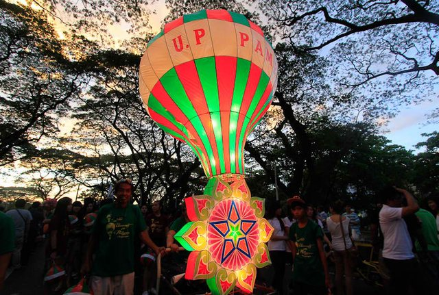 THE annual UP Lantern Parade (diversityhuman.com)