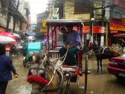 "A TRIP to Binondo on rainy day would be ""fun."" (tourism.philippines.com)"