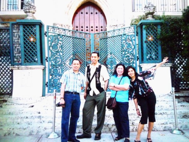 IVY (she with the huge sleeves) and I with our good friend Tanya and Mel in front of the late Gianni Versace's house in 2002.