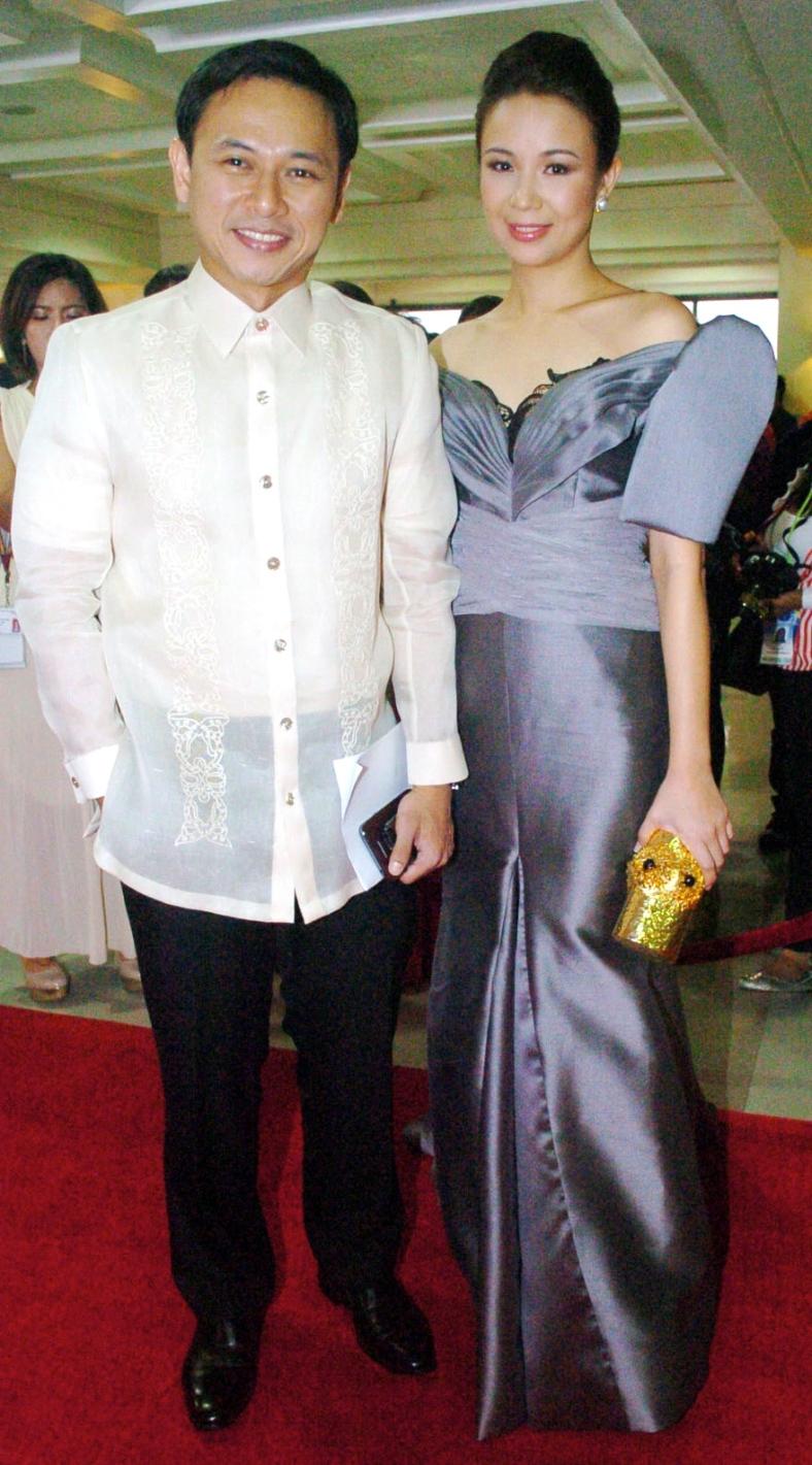 TOOTSY Angara, with husband Sen. Sonny Angara, goes for the off-kilter. (Alanah Torralba)