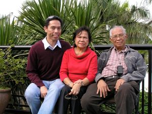 WITH my parents during a trip to Tagaytay in 2007