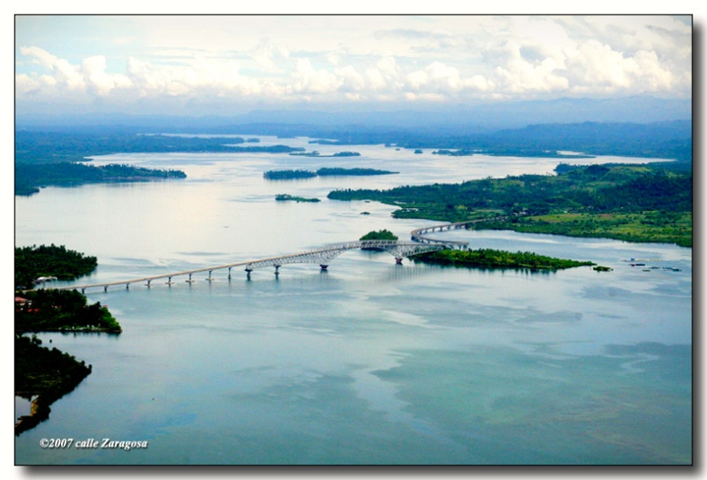 AERIAL view of San Juanico Bridge is no hype. From this vantage point, it is, indeed, a scenic site to behold. (gerryruiz.wordpress.com)