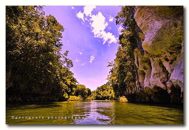 SOHOTON Caves shows the wild side of Leyte. (gerryruiz.wordpress.com)