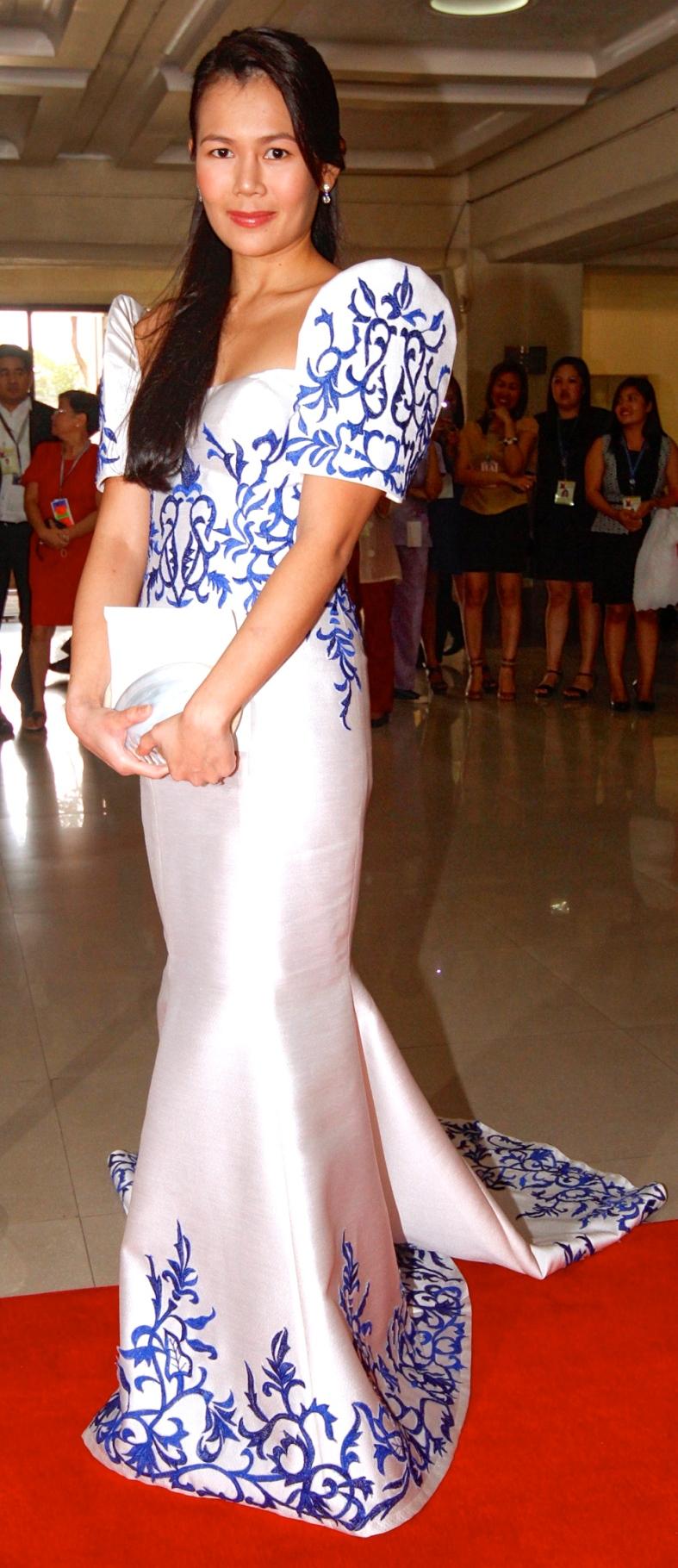 JED Atienza in Andrea Tetangco (Alanah Torralba)