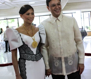 STELLA, with husband Rep. Romero Quimbo, on the red carpet