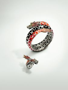 DRAGON-INSPIRED bracelet and ring
