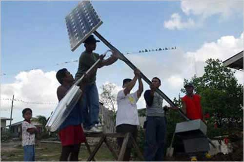 BAYANIHAN, one solar panel at a time (updigital.usembassy.gov)