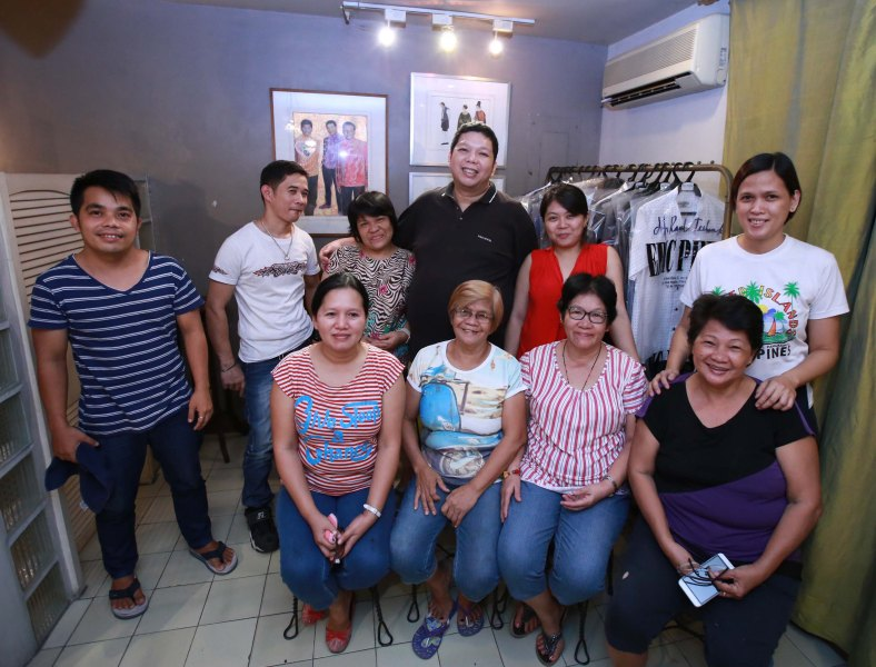 Pineda and his staff, most of whom are for Binay and Marcos, in the designer's Quezon City shop (Jim Guiao Punzalan)